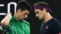 Velikáni světového tenisu Novak Djokovič a Roger Federer