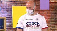 Hokejista Radek Smoleňák jako host v pořadu České televize UčíTelka.