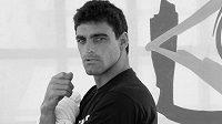 Brazilský surfař Leo Neves zahynul během závodu Tríplice Coroa Saquarema