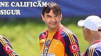 Trenér Rumunska Victor Piturca ve fotomonátži jako á la Mr. Bean.