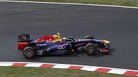 Australan Mark Webber na trati v Suzuce.