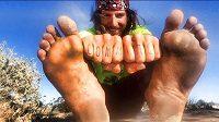 Jake Brown přeběhl přes USA bos! V nohách měl 4800 kilometrů.