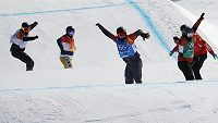 Snowboardcrossař Jan Kubičík do čtvrtfinále olympijského závodu v Pchjongčchangu nepostoupil, ve své osmifinálové jízdě dojel poslední.