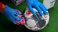 Dezinfikování míčů je zásadní...