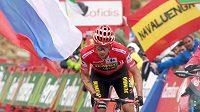 Primoz Roglic uhájil v předposlední etapě náskok a dojede si pro triumf na Vueltě.