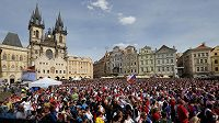 Semifinále sledovalo na obrazovkách na Staroměstském náměstí v Praze několik tisíc fanoušků.