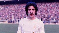 Legendární obránce Realu Madrid Goyo Benito zemřel na nemoc Covid-19.