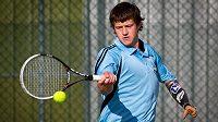 Jednoruký tenista Alex Hunt.