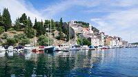 Chorvatský Šibenik láká k aktivní sportovní dovolené.