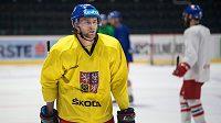 Útočník Jiří Sekáč během tréninku hokejové reprezentace ve Znojmě.