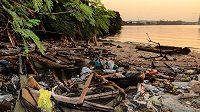 Obvyklý obrázek zálivu Guanabara u Rio de Janeira.