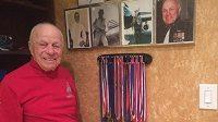 Jonathan Mendes nedokončil slavný newyorský maratón, v 95 letech ho zklamaly nohy.