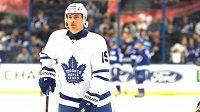 Český hokejista Tomáš Plekanec při svém debutu v dresu Toronta Maple Leafs.