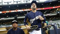 Baseballista Ryan Braun (vpravo) z Milwaukee Brewers.