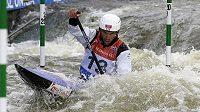 Stanislav Ježek soutěží ve finále Světového poháru ve vodním slalomu v kategorii C1M.