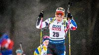 Biatlonistka Lucie Charvátová byla na jedenáctém místě nejlepší z českých reprezentantů v závodech s hromadným startem na Světovém poháru v Le Grand-Bornand.