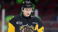 Český hokejista Jan Jeník ve službách týmu Hamilton Bulldogs v juniorské Ontario Hockey League.