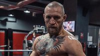 Conor McGregor jde do boje.