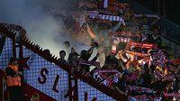Fanoušci fotbalového klubu SK Slavia Praha.