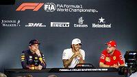 Max Verstappen, Lewis Hamilton a Sebastian Vettel.