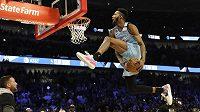 Derrick Jones při smečarské soutěži v rámci Utkání hvězd NBA.