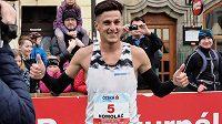 Český vytrvalec Jiří Homoláč po Pardubickém půlmaratonu.