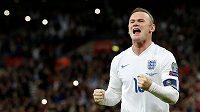 Wayne Rooney na snímku ze zápasu kvalifikace ME 2016 ve Wembley.
