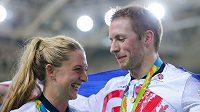 Cyklistický zlatý pár Laura Trottová a Jason Kenny jsou od soboty manželé.