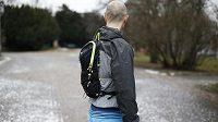 Velmi plochý profil batohu přispívá ke komfortu nošení.