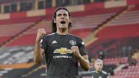 Útočník Manchesteru United Edinson Cavani slaví svůj druhý gól proti Southamptonu.