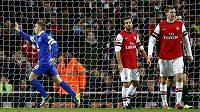 Gerard Deulofeu se raduje z gólu do sítě Arsenalu.