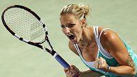 Česká tenistka Karolína Plíšková se raduje z postupu do finále v Dubaji.