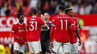 Manchester United zrušil přípravný zápas kvůli nákaze koronavirem.