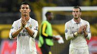Největší hvězda Realu Madrid Cristiano Ronaldo. V pozadí Velšan Gareth Bale.