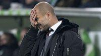Guardiola neměl radost. Čtyři góly, které Wolfsburg nastřílel Bayernu, byly hořké sousto.