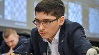 Šestnáctiletý Íránec Alírezá Fírúzdža na turnaji v Praze.
