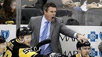 Trenér Pittsburghu Mike Sullivan (na snímku) prodloužil kontrakt s Penguins do sezony 2023/2024.