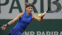 Před rokem se Lucie Šafářová dostala do finále French Open, nyní už má jisté 3. kolo.