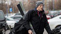Na úterním srazu české hokejové reprezentace nechyběl ani obránce Radim Šimek.