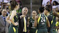 Sedm basketbalistek mělo pozitivní výsledek na koronavirus při hromadném testování před odloženým startem zámořské ligy WNBA. (ilustrační foto)