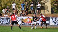 Fotbalisté druholigového Hradce Králové postoupili do 2. kola MOL Cupu, když na hřišti divizních Slatiňan vyhráli 4:2 v prodloužení.