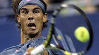 Rafael Nadal vylepšil svou letošní sérii neporazitelnosti na tvrdém povrchu už na 17 vítězství za sebou.