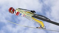 Německý skokan ny lyžích Richard Freitag při závodu družstev ve slovinské Planici.