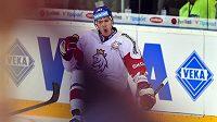 Dmitrij Jaškin se raduje z gólu.