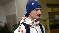 Skokan na lyžích Jakub Janda před odletem do Soči na Zimní olympijské hry na kbelském letišti.