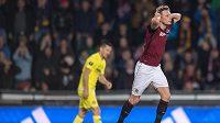 Ladislav Krejčí lituje neproměněné gólové příležitosti v zápase s Villarrealem.