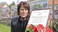 Česká atletka Jarmila Kratochvílová, držitelka nejdéle platného světového rekordu v běhu na 800 metrů, byla 11. května 2020 uvedena do Rekordmanské síně slávy pelhřimovské Agentury Dobrý den.