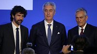 Tři kandidáti na předsedu: zprava Gabriele Gravina, Cosimo Sibilia a Damiano Tommasi.
