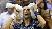 Novak Djokovič během čtvrtfinále US Open.