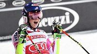 Mikaela Shiffrinová po triumfu v paralelním slalomu ve Stockholmu.
